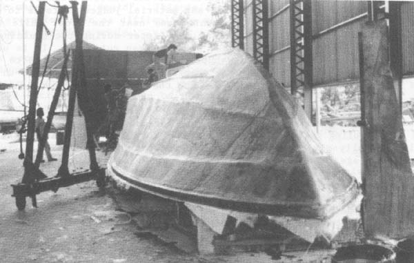 Fishing boat construction: 2 Building a fibreglass fishing boat