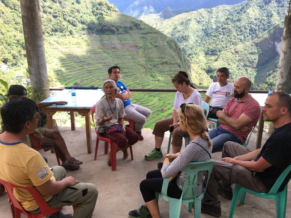 The MPS and Slow Food met with local rice farmers in Batad.