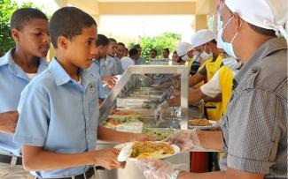 Alimentación escolar en República Dominicana