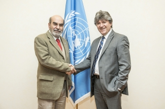 FAO Director-General Jose' Graziano da Silva meeting with Ruben Flores, Minister for Agriculture of the Republic of Ecuador, at FAO headquarters.