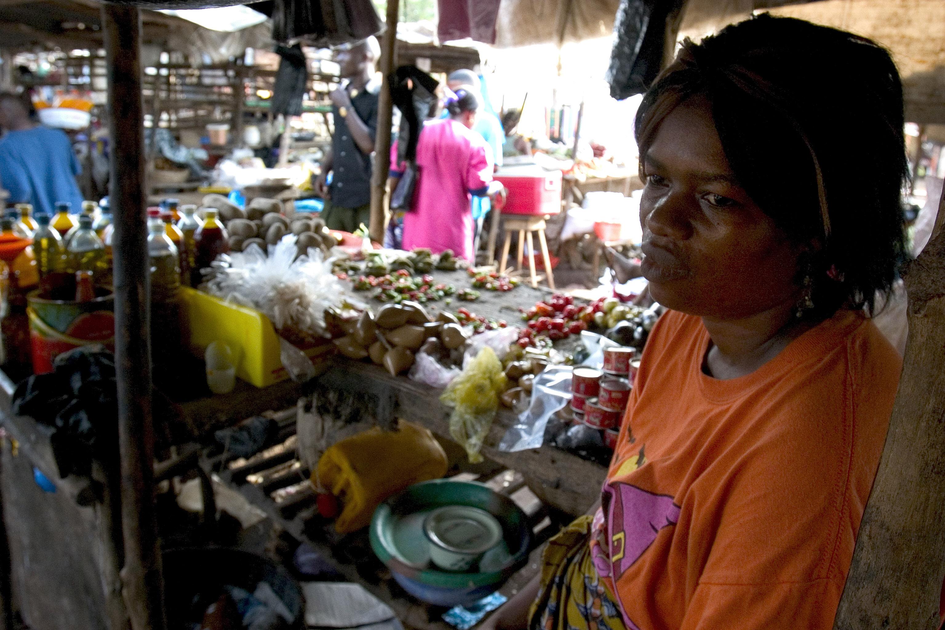 Cientos de miles de personas se enfrentan al hambre en los tres países más afectados por el ébola