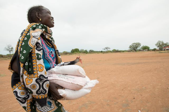 FAO seeds distribution underway in South Sudan despite COVID-19 restrictions