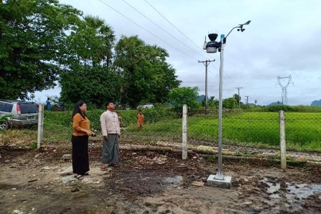 Weather sensor installation in Hpa-an township, Kayin State