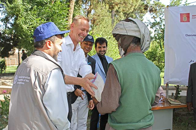 Danish Ambassador and Norwegian Minister Counsellor visit drought-affected farmers in Herat