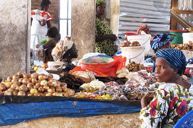 Ebola in West Africa: Diaobe, subregional platform for trade and commerce