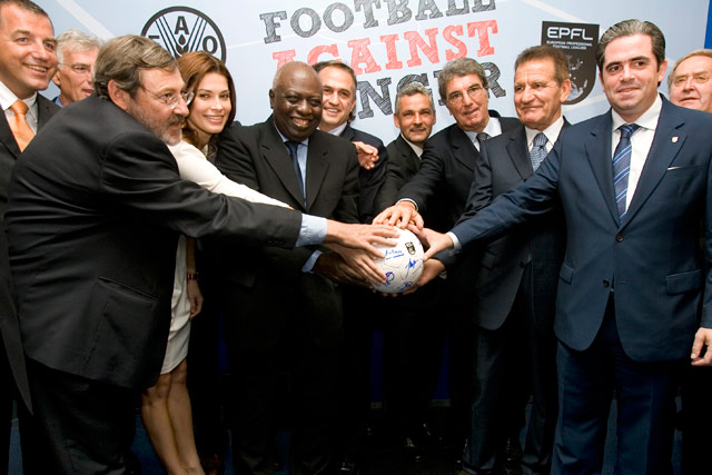 European leagues and football stars against hunger