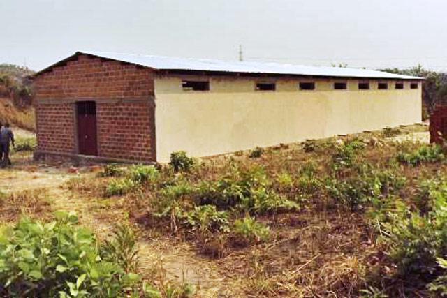 Projet d appui la construction des porcheries communautaires en faveur des - Comment construire une porcherie ...