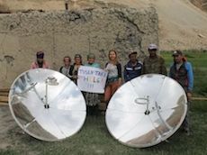 Solar cookers for families in Tajik mountains