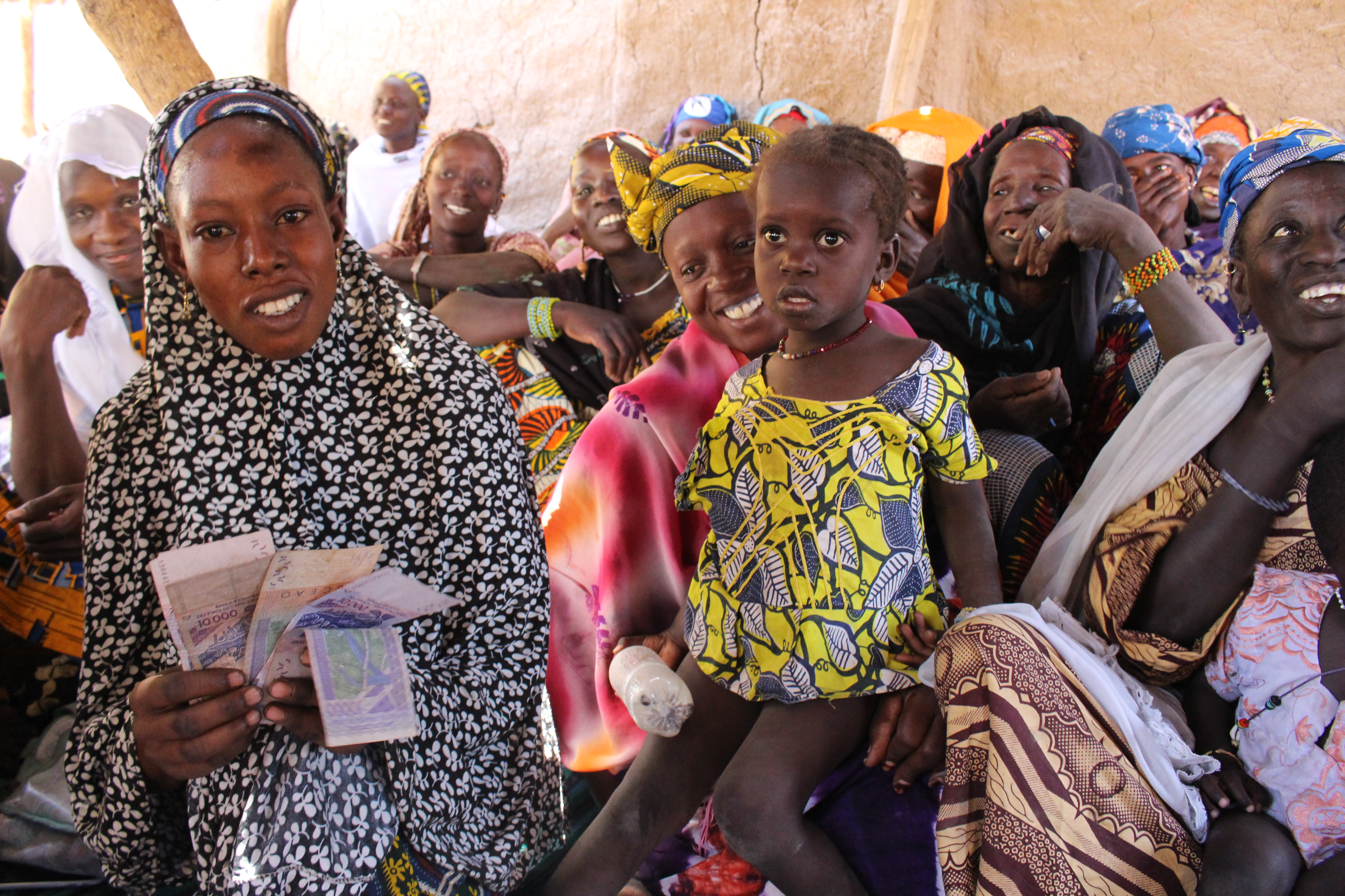 Providing financial and in-kind support in Mali's Kayes region